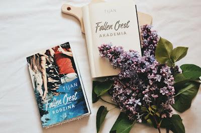 Fallen Crest. Rodzina - Tijan | Recenzja