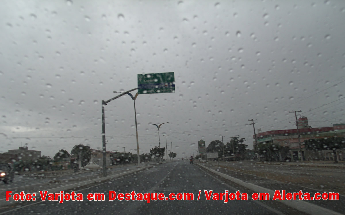 Varjota começa com chuva