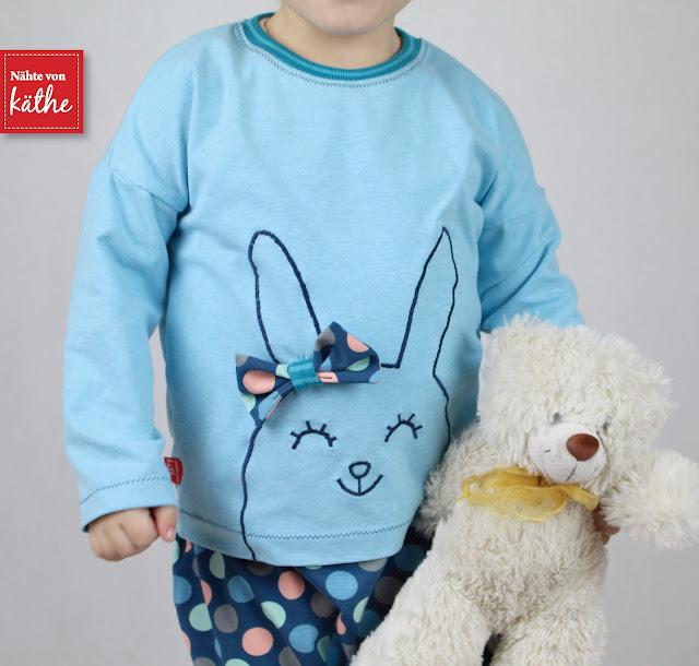 Hose Frechdachs und Shirt Nena y Chiquillo von Lilabrombeerwölkchen