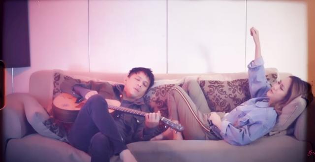 Menghapus Jejakmu by Ariel ft, BCL [LIRIK-VIDEO]