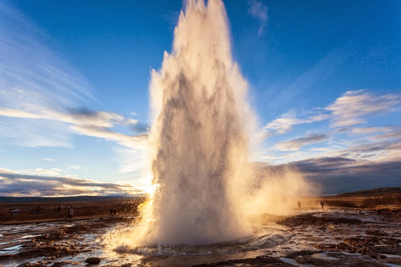 Strokkur eruption