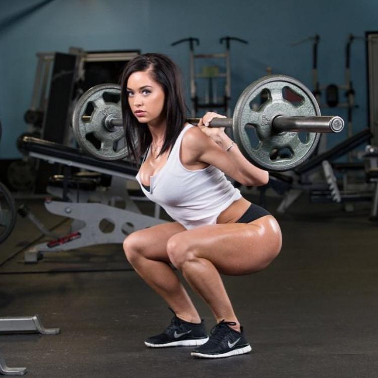 Fitness Model Katy Hearn 5