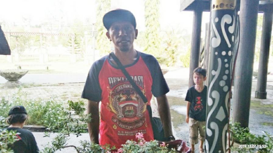 Pelaku UKM Tampilkan Karya Seni Tanaman Hias Jenis Bonsai Kepada Masyarakat Bartim