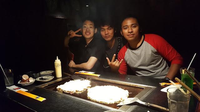 """Makan okonomiyaki di Restaurant """"Kansai"""""""