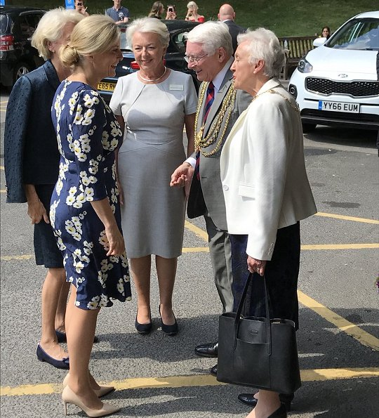 Countess Sophie wore Suzannah Marigold Tea dress, Prada pumps and Heavenly Necklaces earrings, carried Sophie Habsburg bag