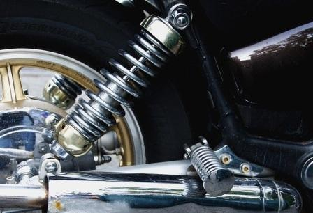 5 Komponen Shockbreaker Belakang Motor dan Fungsinya