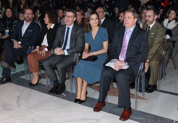 Letizia wore Parada shoes. Spanish Queen chaired presentation of Digitalizadas (Digitalization) project at Parador de Compostela Hotel
