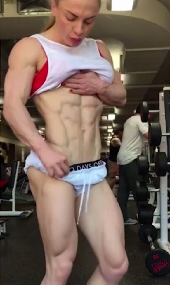 Fat Guy Crushes Skinny Girl Videos - Free Porn Videos