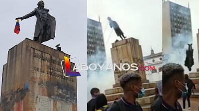 Antonio Nariño amaneció en su monumento, en la madrugada volvieron a ponerlo