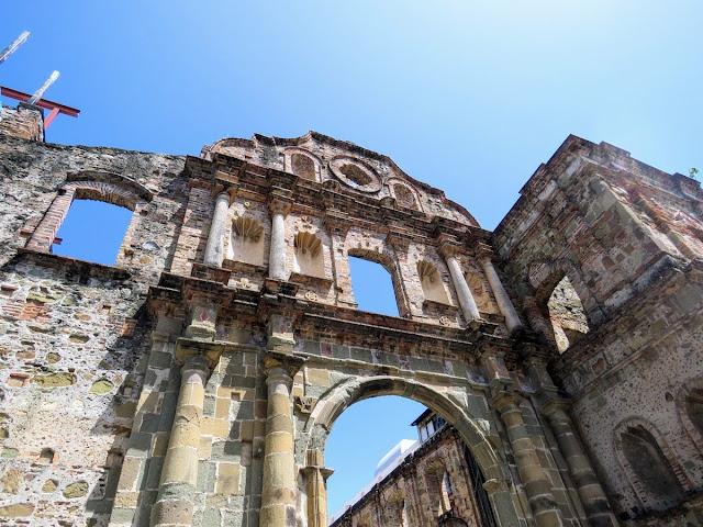 Panama City Layover: Panama Casco Viejo Iglesia de la Compañía de Jesús