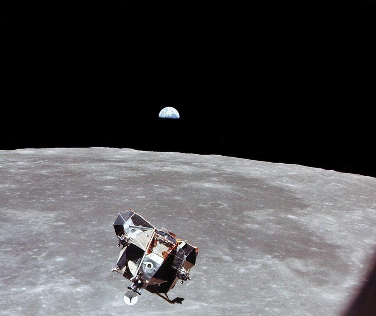 apollo 11 moon landing mystery - photo #13