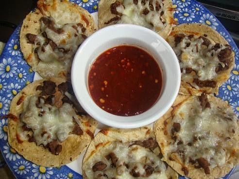 Volcanes de carne con queso