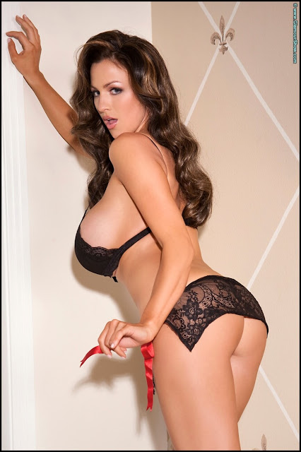 Jordan-Carver-Glam-Hottest-and-Sexiest-Photoshoot-in-HD-image-number-43