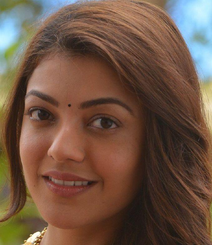 Gorgeous Tamil Girl Kajal Aggarwal Without Make Real Face Closeup