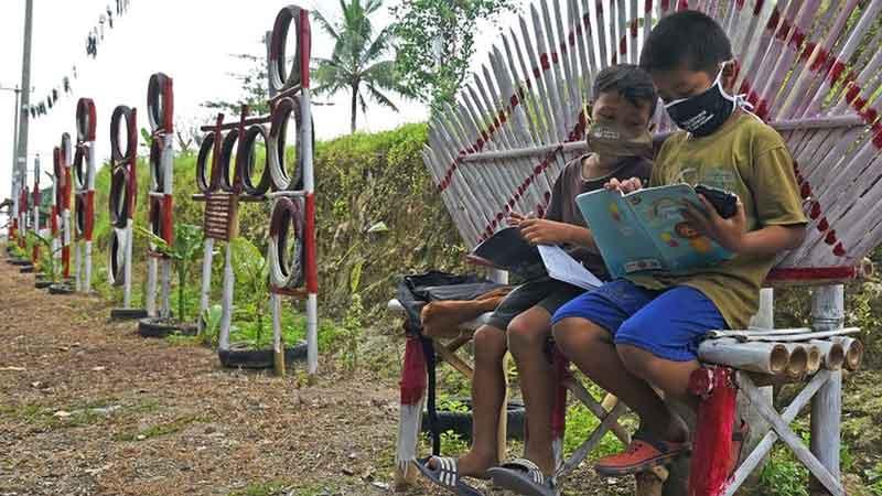 Memasuki Tahun Kedua Pandemi, Dunia Pendidikan Berada di Titik Kritis
