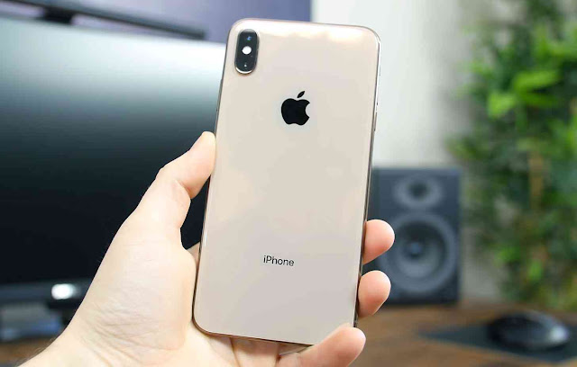 iphone-xs-max-back