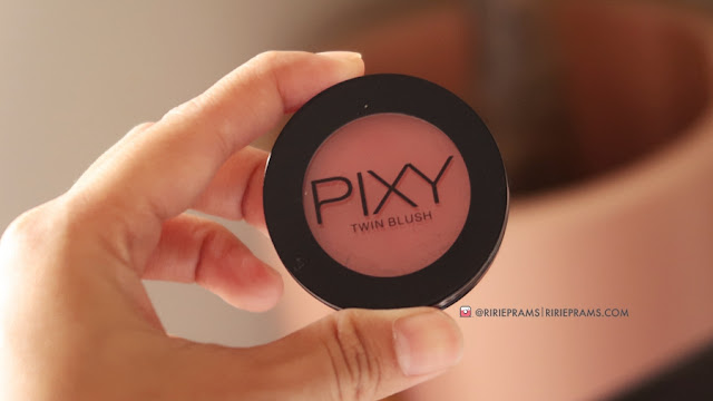 PIXY Twin Blush Review - beauty blogger indonesia - ririeprams