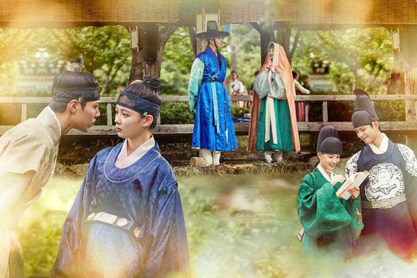 Nín thở trước màn múa đẹp mê hồn của Kim Yoo Jung trong Mây họa ánh trăng