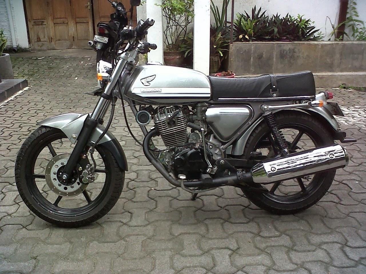 100 Modifikasi Motor Cb 100 Klasik Modifikasi Motor Honda CB Terbaru