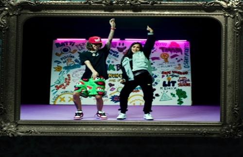 Natti, Karol, Becky (Remix) | Jon Z & Farruko & Natti Natasha & Kevvo & Brytiago & Darell & Eladio Carrion & Miky Woodz Lyrics