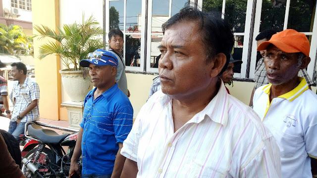 Keresahan Babak Pengisian Lomba Dayung, Warga Me Umfit Unjuk Rasa