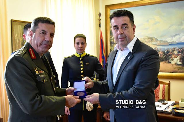Χαράλαμπος Λαλούσης: Ένας Πελοποννήσιος που αγαπάει το Ναύπλιο νέος αρχηγός του ΓΕΣ