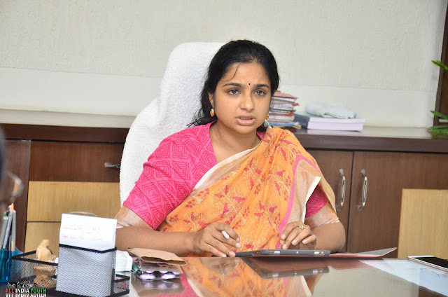 Swetha Mohanty IAS officer wallpaper