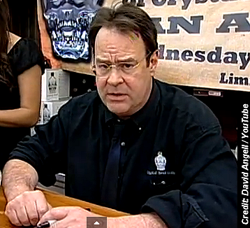 Dan Aykroyd Answers UFO Questions During Impromptu Interview