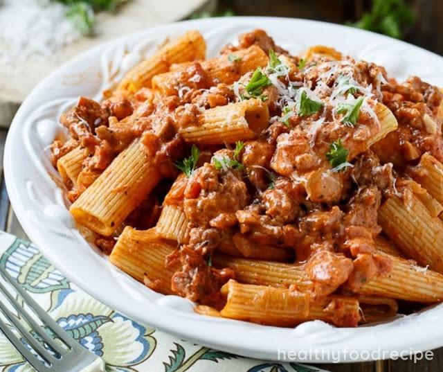 ITALIAN SAUSAGE RIGATONI WITH SPICY CREAM SAUCE RECIPE
