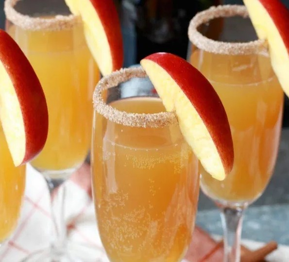 Spiced Fall Mimosa #drinks #cocktails