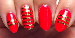 Metallic Gold Stripe Nails