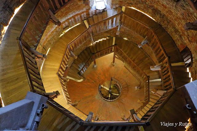 Escalera de la Juliusturm de la ciudadela de Spandau