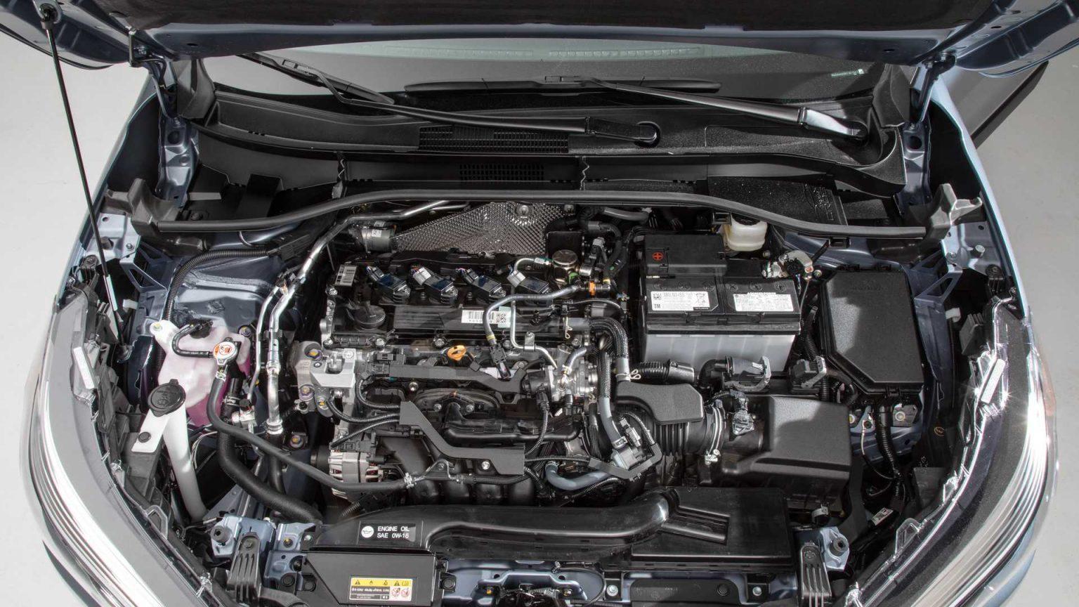 تويوتا كورولا كروس 2022 المحرك