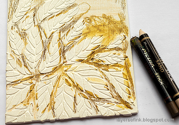 Layers of ink - Tumbling Leaves Canvas Tutorial by Anna-Karin Evaldsson.