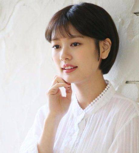 Model Rambut Wanita Korea Bob cut