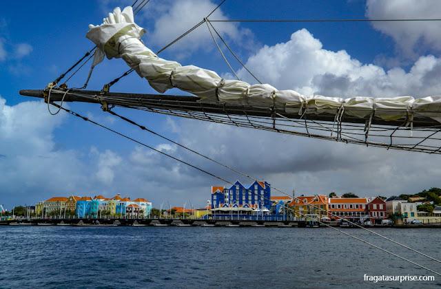 Curaçao: a vista da Baía de Santa Ana, em Willemstad
