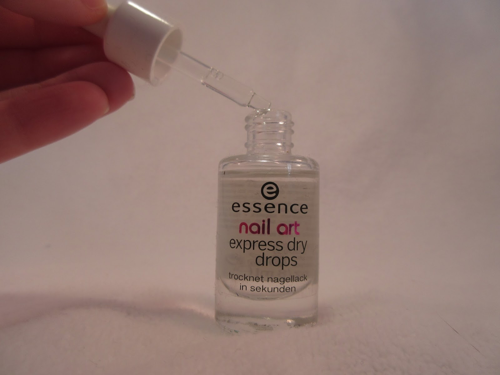 Essence Nail Art Express Dry Drops Review Neon Chipmunk