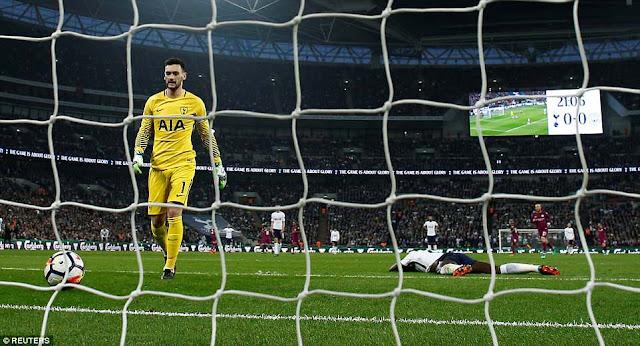 Tottenham 1-3 Man City: Chạm tay vào ngai vàng 2