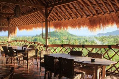 Tempat Kuliner di Pantai Kuta Lombok Yang Enak dan Romantis