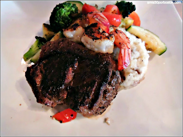 Buffalo Filet Mignon en el Y.O. Ranch Steakhouse