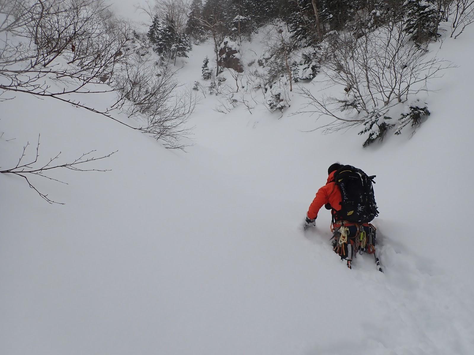 茅ヶ崎山岳会ブログ: 2020.1.18-19 八ヶ岳・日ノ岳稜・南沢大滝アイス