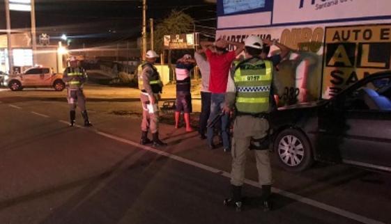Em Santana do Ipanema,  BPRv flagra irregularidades no trânsito e registra três prisões por embriaguez ao volante