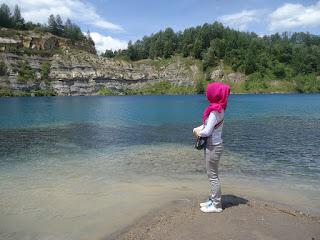 danau biru- airtifake.blogspot.com