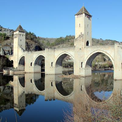 The Valentré bridge; icon of Cahors.