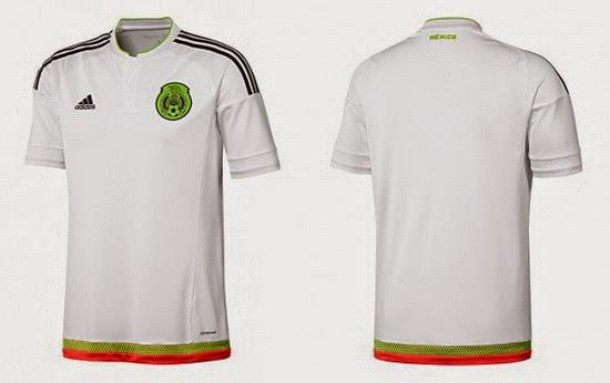 94d35dd3b68f9 La camiseta como visitante de México es blanca con las tres rayas y el  logotipo de Adidas en negro. El cuello es tipo polo con un diseño moderno y  contiene ...