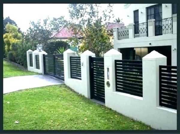 Cách chọn màu sơn tường rào phù hợp khí hậu