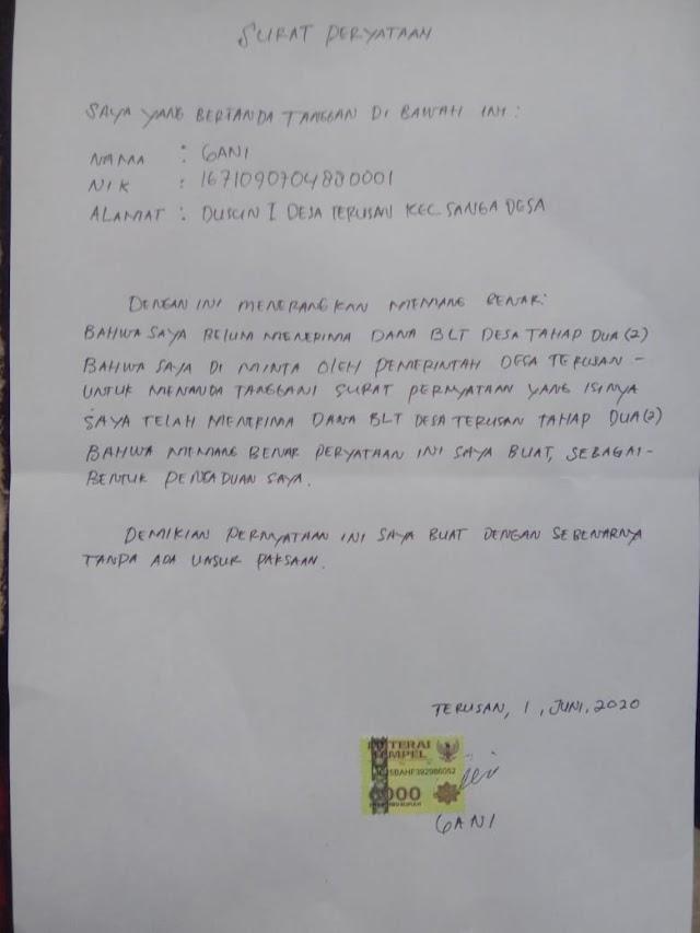 DI DUGA KADES TERUSAN SURU WARGA TTD SURAT PERNYATAAN UNTUK BLT TAHAP K-2