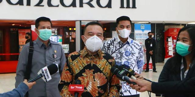 Pimpinan DPR Minta Pemerintah Larang WNA Masuk Selama PPKM Darurat