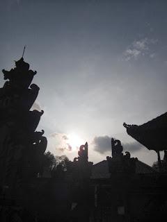siluet pura dharma sidhi