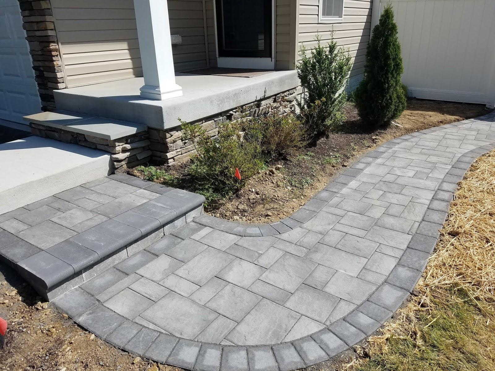 Custom Stoneworks & Design Inc : Paver patio walkway steps